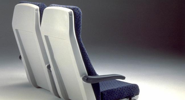 Treni - Sedili in policarbonato compatto