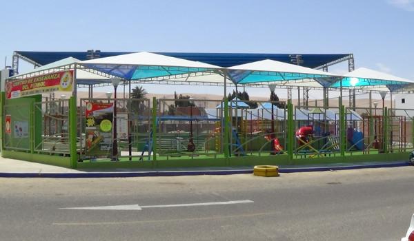 Parco Giochi - Copertura e rivestimento in policarbonato alveolare