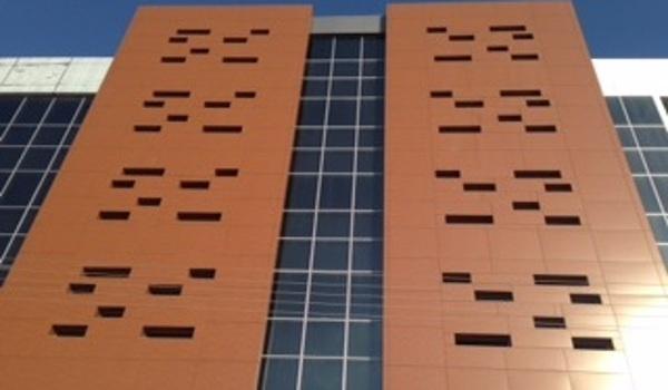 Rivestimento facciata con alluminio composito XT