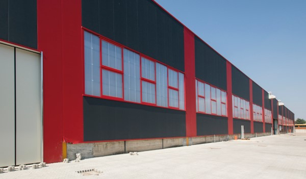 Sistemi in policarbonato per pareti verticali