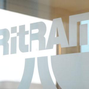 ritrama-etch-glass-pellicola-effetto-smerigliato-sabbiato-pellicola-per-vetri-decorativa